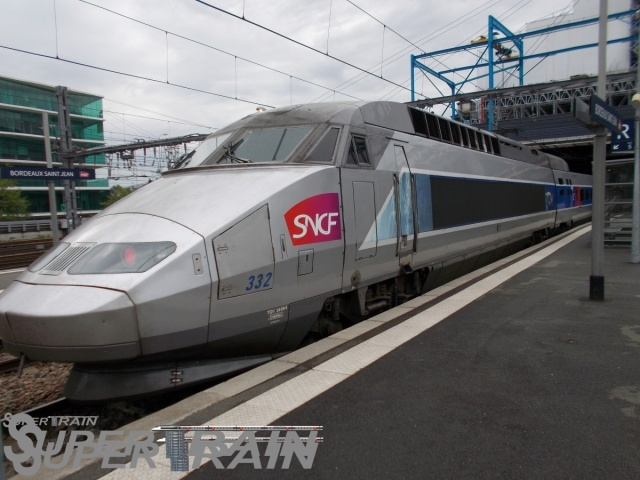 332_(TGV_ATLANTIQUE).JPG